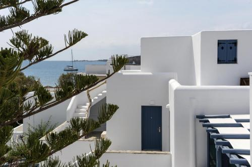 paros-rooms-for-rent-paros-greece-rooms-to-let-apartments-paros-studios-parikia-magginas-studios- accommodation-hotels-vacation-beach-paros-pic-12