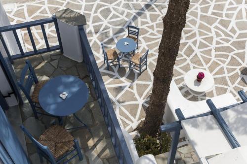 paros-rooms-for-rent-paros-greece-rooms-to-let-apartments-paros-studios-parikia-magginas-studios- accommodation-hotels-vacation-beach-paros-pic-14